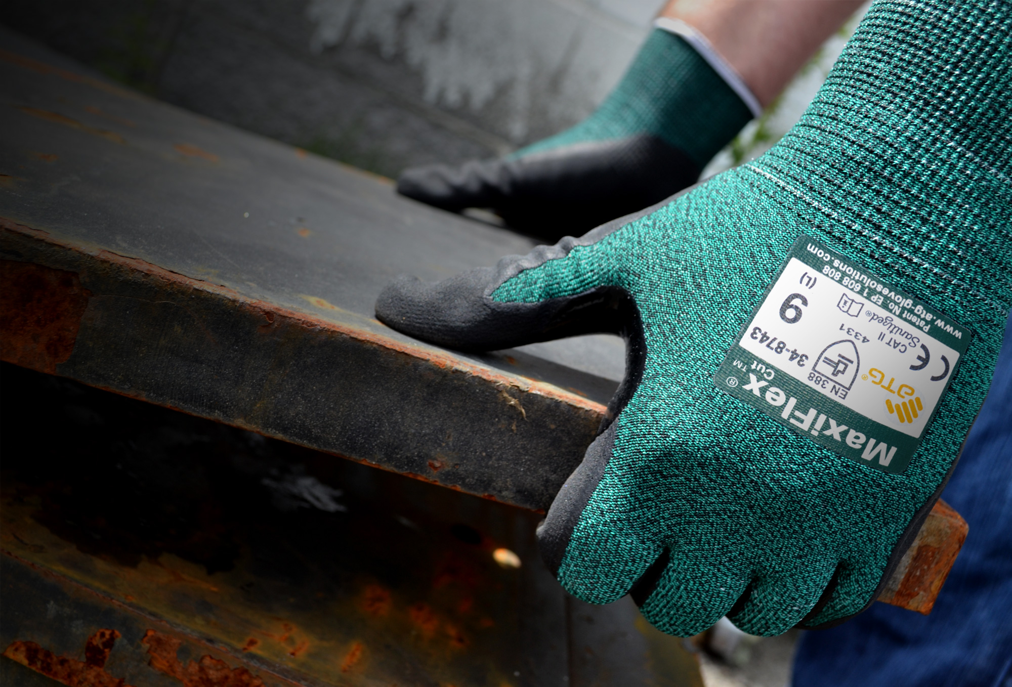 PIP Maxiflex Cut Safety Gloves